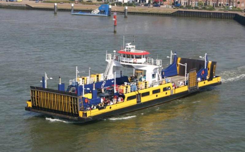 Afbeeldingsresultaat voor maritime photo maassluis veerpont maassluis